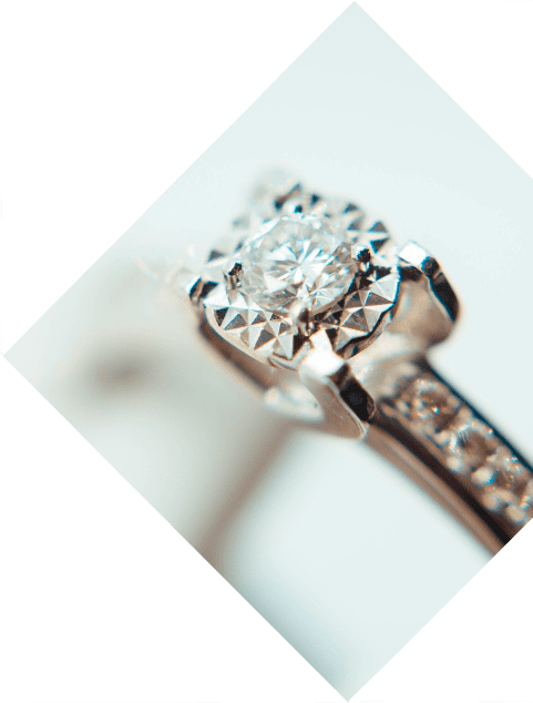 About sell engagementring 4