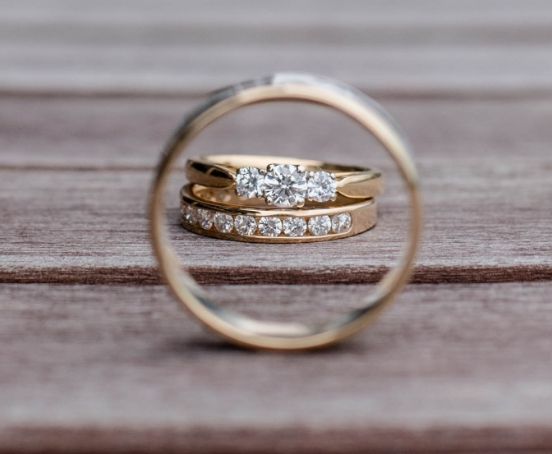 Diamond guides Sell engagementring 1