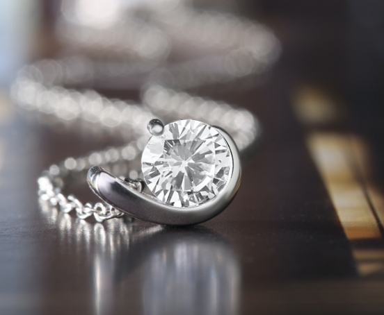 Diamond guides Sell engagementring 2